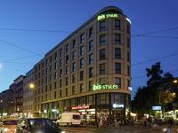 Außenansicht des Hotelgebäudes ibisStyle in Berlin-Mitte
